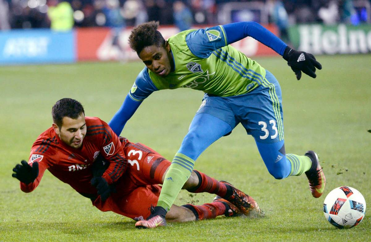 joevin-jones-sounders.jpg